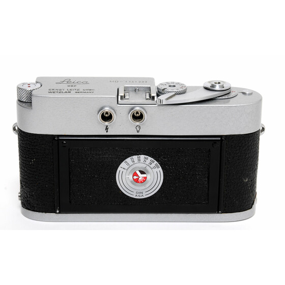Vintage Leica MD camera body Hammertone painted w. cap
